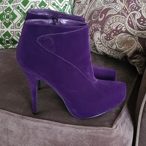 HP🎉Size 7 - ankle booties pumps - purple - Qupid